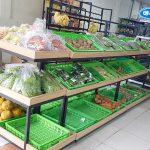 Kệ rau củ quả bày hàng siêu thị Onetech