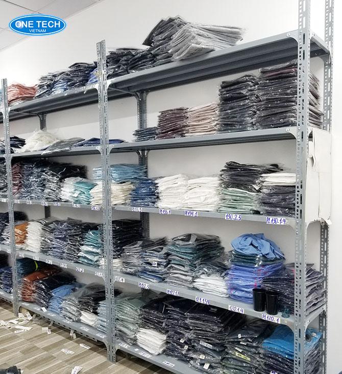 Dễ dàng quản lý kiểm soát kho quần áo