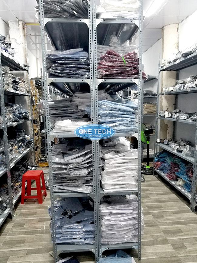 Mẫu kệ kho lưu trữ quần áo đơn giản tiết kiệm 70% diện tích nhà kho