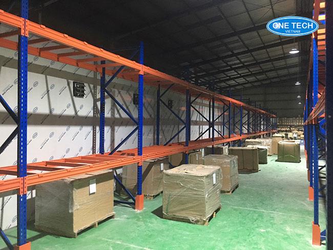 Onetech tiến hành lắp đặt kệ kho hạng nặng Selective tại H.F.T Việt Nam - Hưng Yên