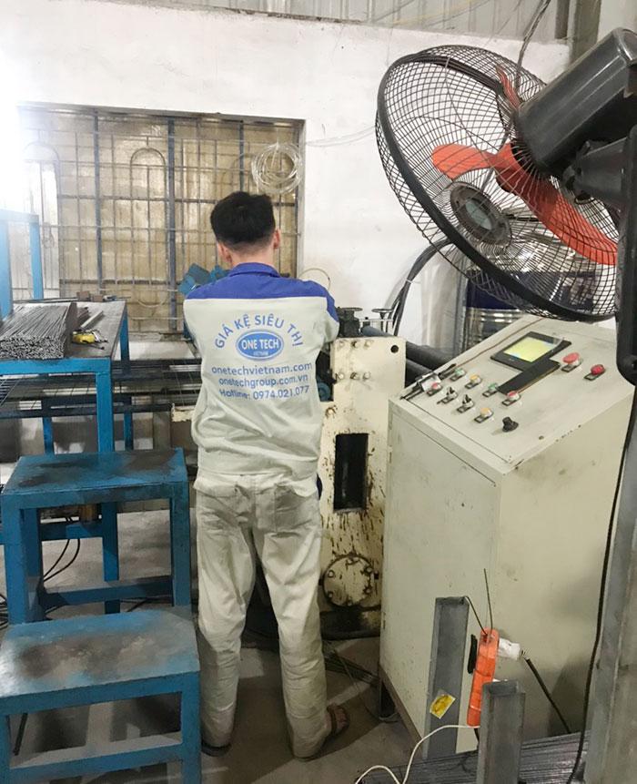 Nhà máy sản xuất kệ kho thuốc, dược liệu Onetech
